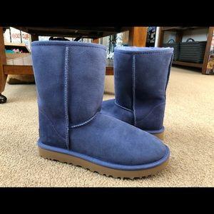 Women's UGG Blue classic short boots - brand new